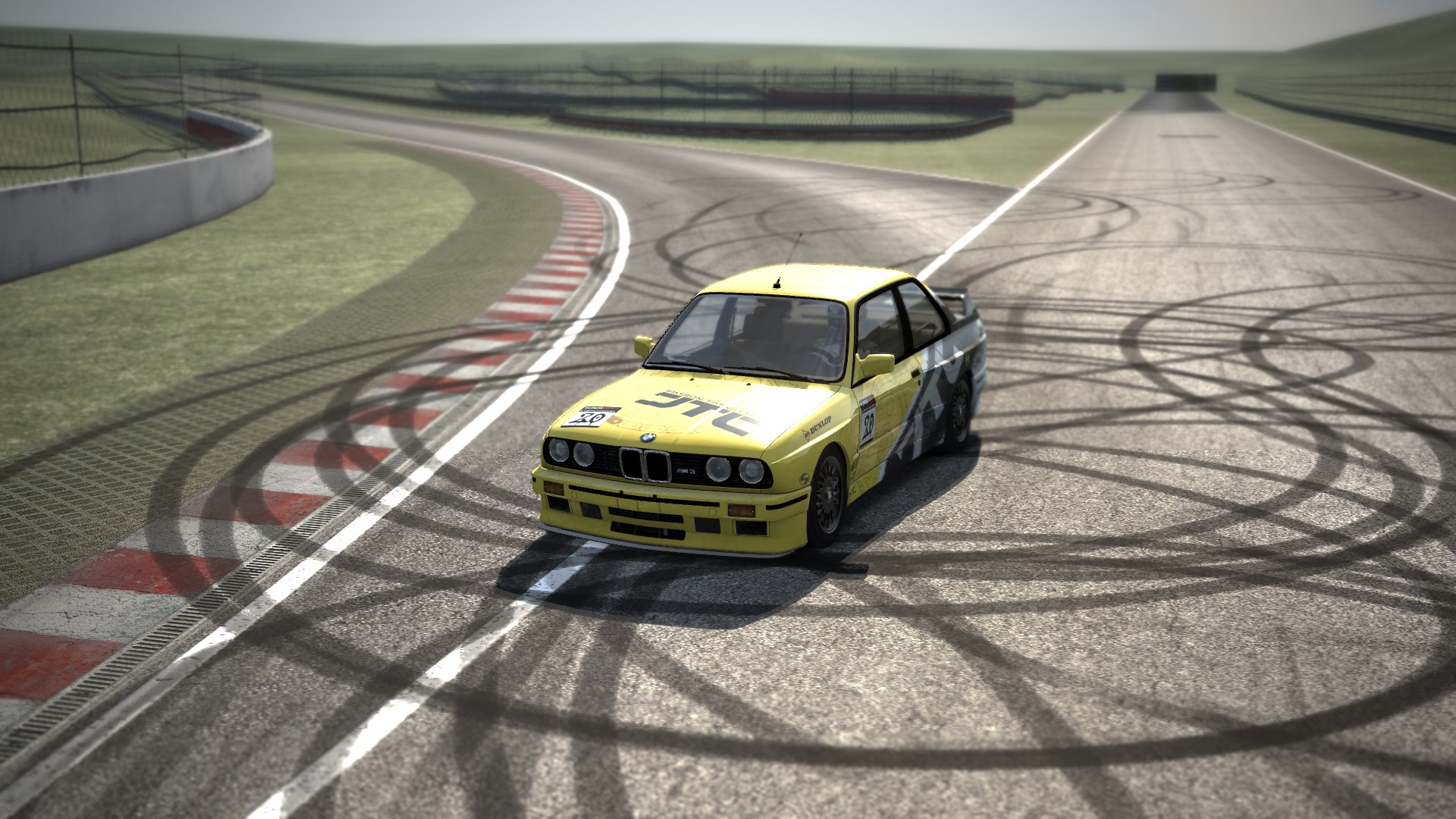 Screenshot_bmw_m3_e30_drift_MiniCircuit_13-12-2014-0-22-56.jpg